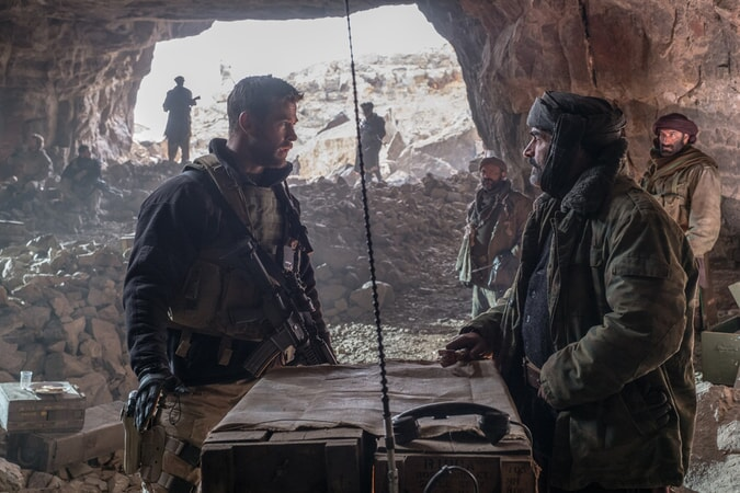 12 Strong - Image - Image 23
